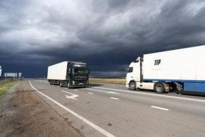 Турция невводила отдельные ограничения против российских автоперевозчиков