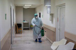 Парламент Сербии отменил режим ЧП из-за коронавируса