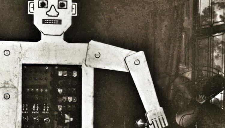 first_robots_image_nine-750x428-1.jpg